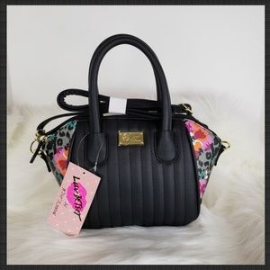 🆕️ Betsey Johnson Floral Bag
